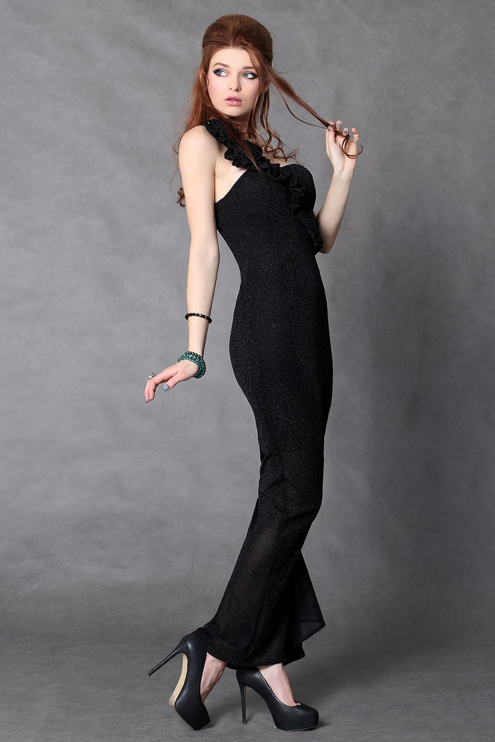 4104-2 Long dress worn on one shoulder with glowing material - black